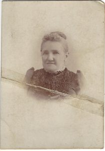 Judy Kalich's photo of Amy Anne Honeysett who married Albert Pettett in 1853.